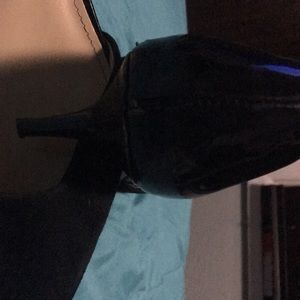 Saks Fifth Avenue Shoes - Saks Fifth Ave Black Kitten Heels